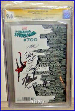 AMAZING SPIDER-MAN 700 SKYLINE VARIANT CGC 9.6Autographed By Stan Lee & 5 Others