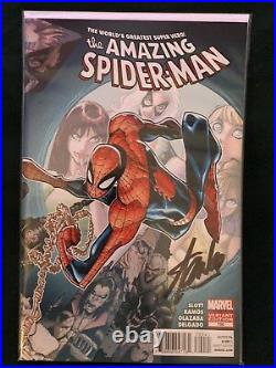 AMAZING SPIDER-MAN #700 withCOA Ramos Wraparound Variant (Signed by Stan Lee)