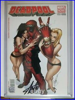 Deadpool #10. 9.8 Mexican Molé variant. Signed STAN LEE. With COA & Hologram